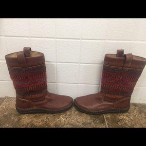 Born Shoes - Born boots